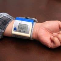 高血圧は薄毛のもと?高血圧と薄毛に共通する原因・対策・注意点